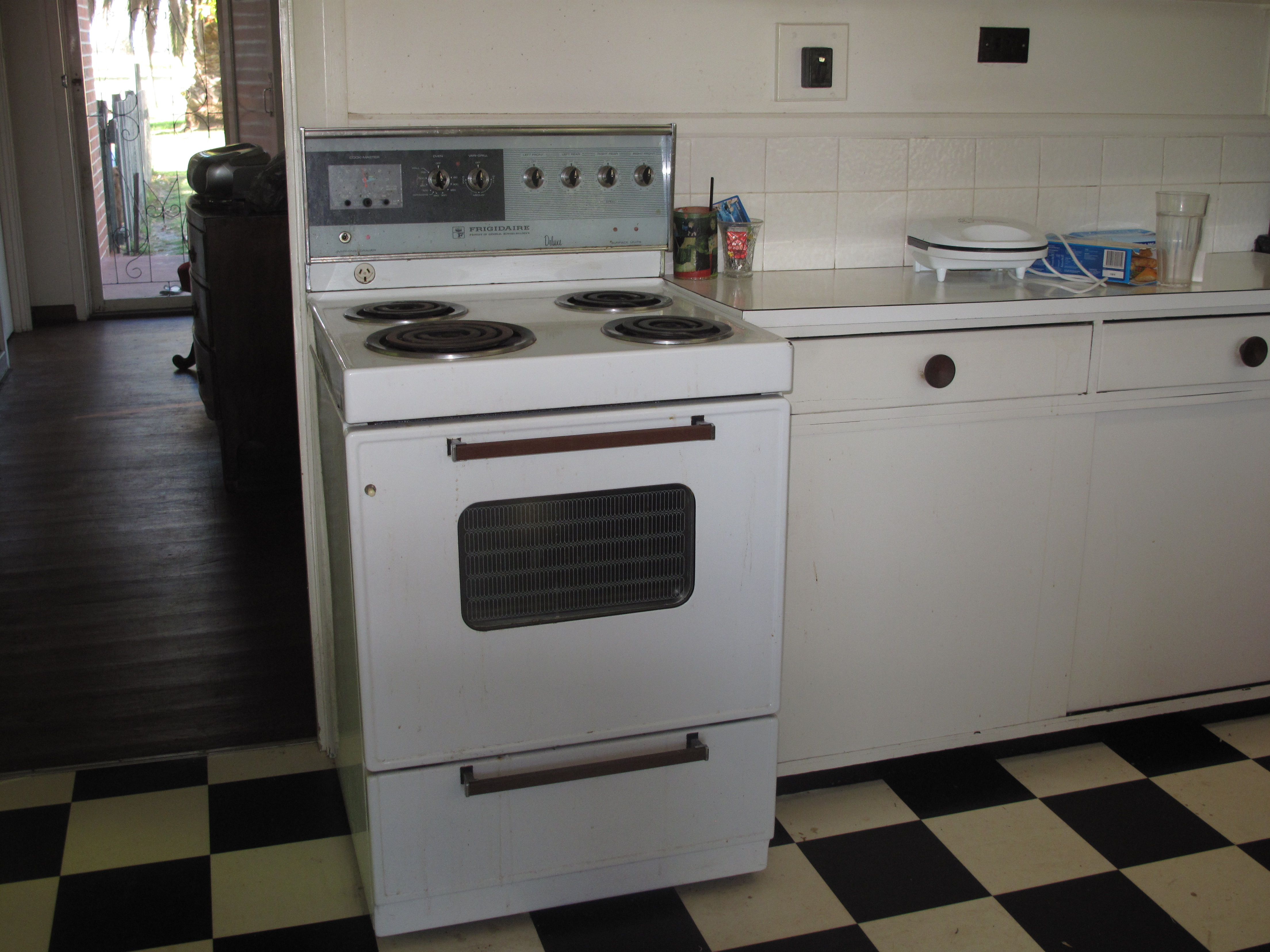 The stove that died | jmgoyder
